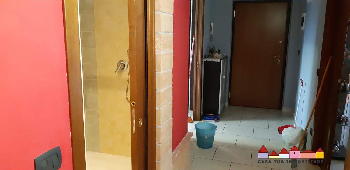 Ufficio / Studio in Affitto a Carrara