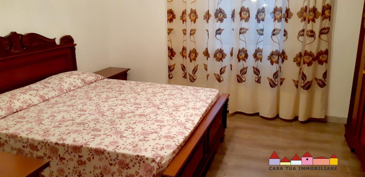 Appartamento in vendita a Carrara, 2 locali, prezzo € 140.000 | Cambio Casa.it